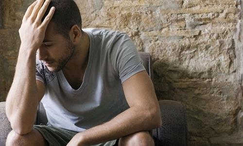 В некоторых случаях слабый напор при мочеиспускании развивается из-за неврологических расстройств