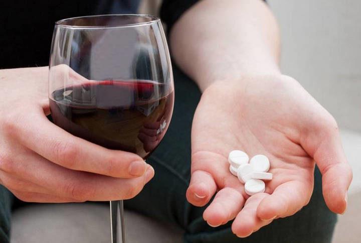 Через сколько после анальгина можно пить алкоголь